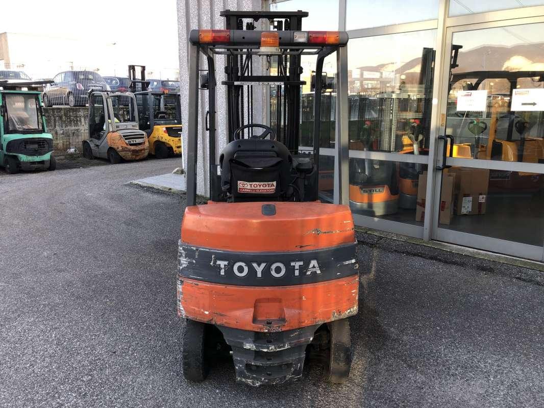 Toyota-7FBMF20